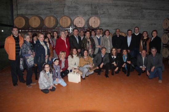 El vino que se servirá en las fiestas de Caravaca fue bendecido en Bodegas San Isidro