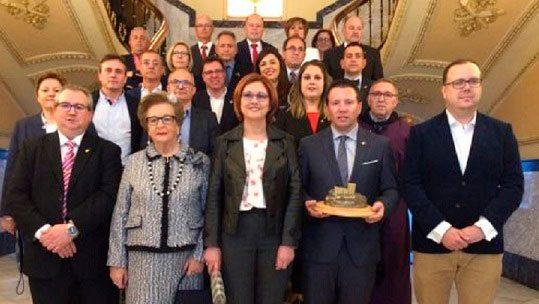 El alcalde de Mula pronuncia el Pregón del Tambor y Pascuala Tomás es nombrada Tamborilera de Honor