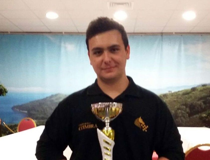 Hito histórico para el Club de Ajedrez Coimbra con el título de Campeón Regional Absoluto de Alejandro Castellanos