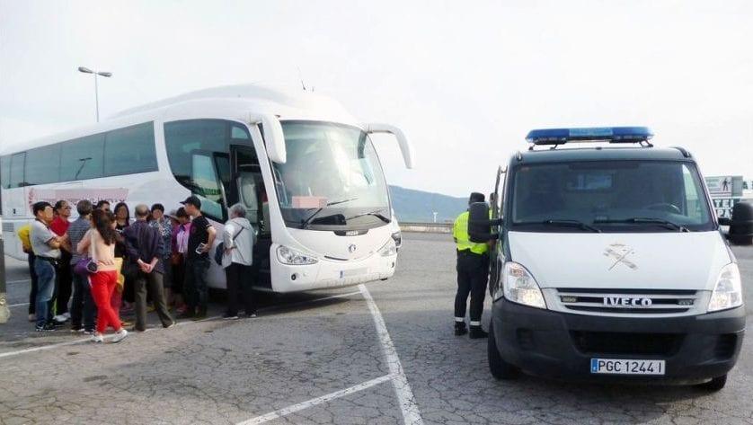 Detectan a un chófer de autobús ebrio en una gasolinera de Jumilla