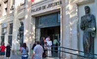 Una jumillana podría pasar 7 años en prisión por apuñalar a la que creyó amante de su marido