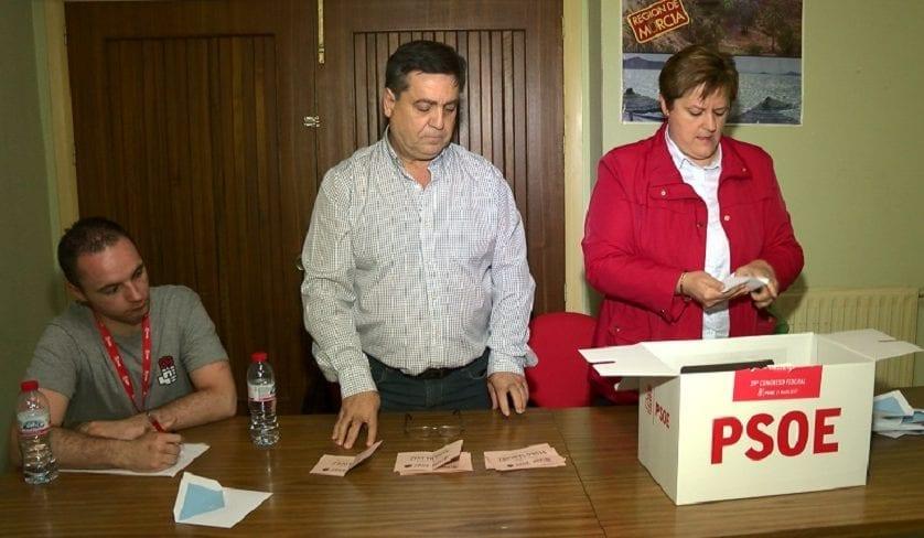 Los socialistas jumillanos apuestan por Pedro Sánchez