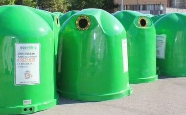 Medio Ambiente completa los puntos de recogida selectiva con 25 nuevos contenedores de vidrio