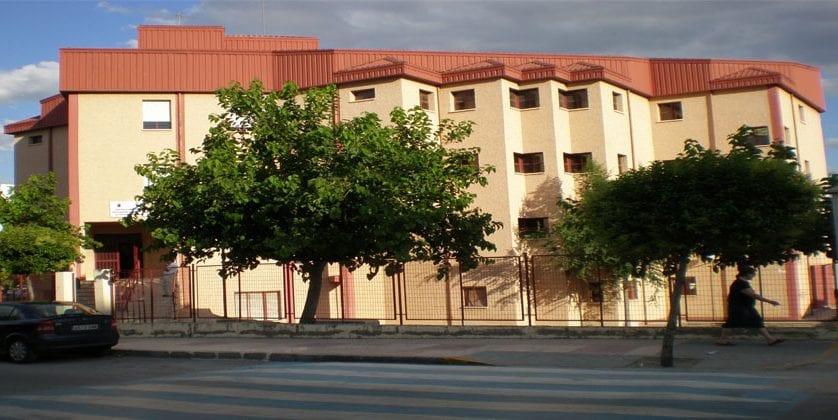 La Escuela de Adultos abre el plazo de matrículas para el curso 2017/18