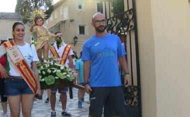 La Federación de Peñas bajó la imagen del Niño de las Uvas el pasado sábado