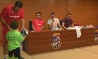 Carlos Terol estuvo en la clausura del VI Campus de Fútbol Ciudad de Jumilla