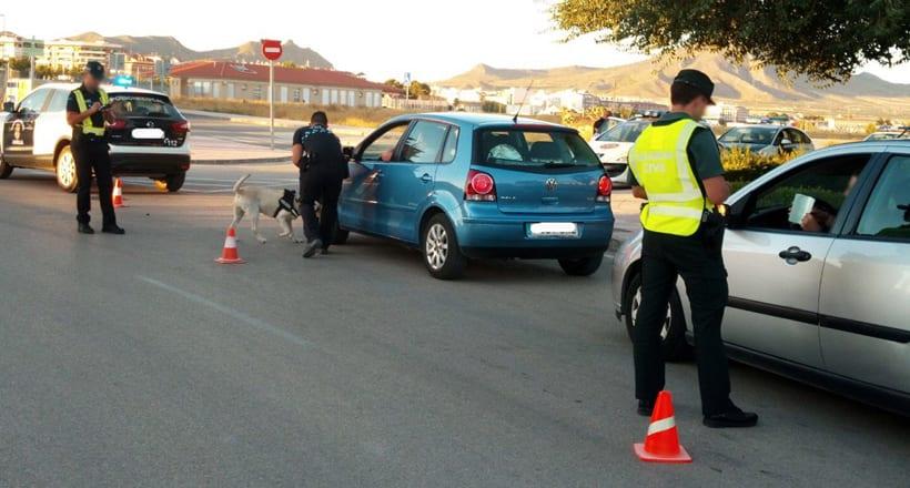 Policía Local y Guardia Civil realizan controles conjuntos dentro del Plan de Seguridad de Feria