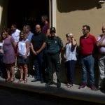 Un minuto de silencio en la puerta del Ayuntamiento como gesto de repulsa por los atentados de Barcelona