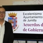 El Ayuntamiento aprueba el arreglo de dos caminos-calle en la Fuente del Pino y Cañada del Trigo