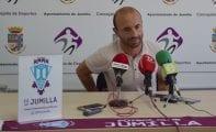 """Angel Cuéllar: """"El Villanovense es un equipo que trabaja bien e intenta proponer"""""""