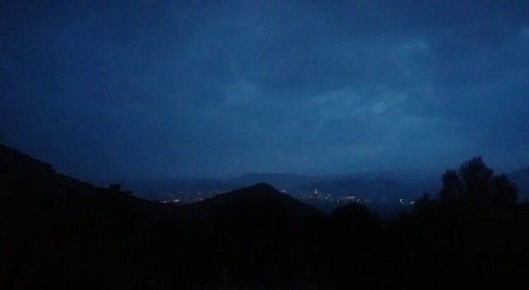 Fuerte tormenta con gran aparato eléctrico sobre Jumilla y Ontur