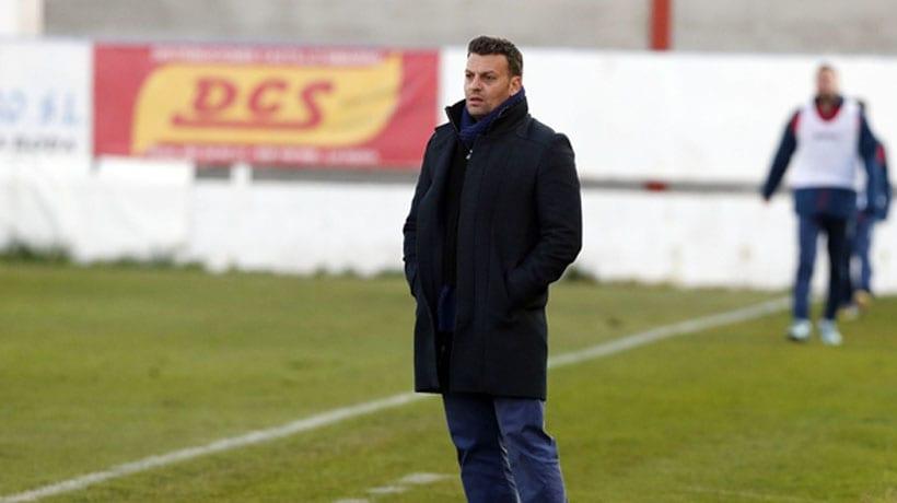 El FC Jumilla destituye a Ángel Cuellar como entrenador y lo sustituye por Pato