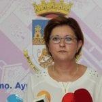 La alcaldesa le insiste al consejero de Fomento que ponga en marcha los compromisos adquiridos