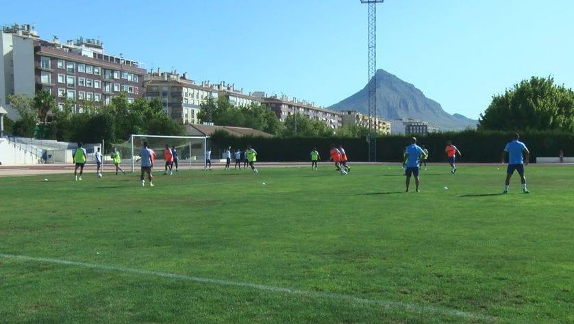 El FC Jumilla vuelve a los entrenamientos
