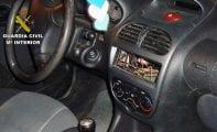 La Guardia Civil esclarece una decena de robos en vehículos