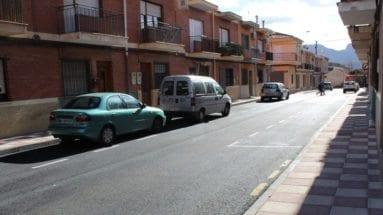 calle-infante-don-fadrique-jumilla-coches