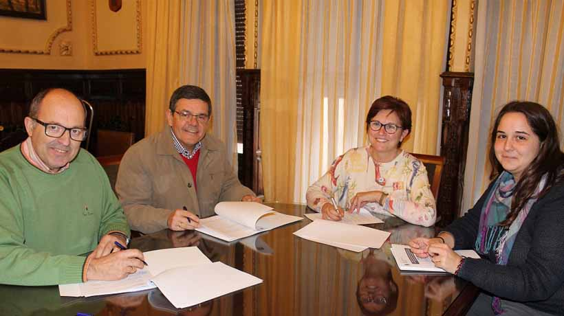 El Ayuntamiento entrega 10.000€ de subvención a las bandas de música