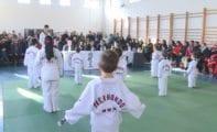Cerca de 70 taekwondistas se examinaron para el cambio de cinturón