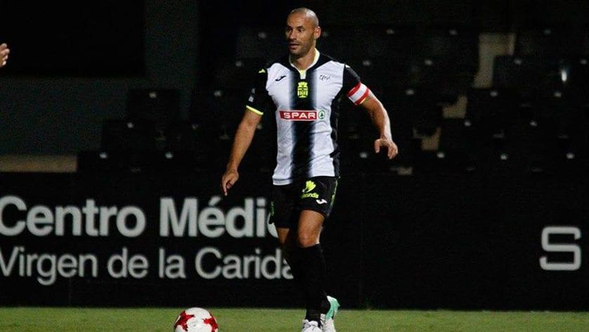 Ceballos es nuevo jugador del FC Jumilla