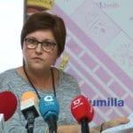 La alcaldesa responde a Seve González que el gobierno regional todavía no ha enviado toda la información de la carretera del Carche