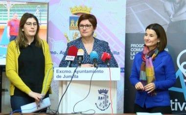 La directora general de Planificación, Investigación, Farmacia y Atención al Ciudadano presenta el programa para la Promoción de la Actividad Física Saludable