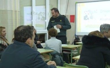 Continúa la formación para padres en 'Convivencia y Mejora de la Seguridad en Centros Educativos'