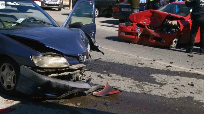 vehiculos-siniestrados-accidente-jumilla