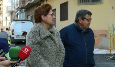 alcaldesa-concejal-calle-valencia-jumilla