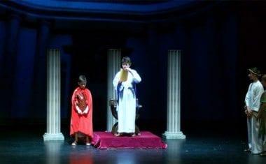 Por segundo año el Teatro Vico acogió la representación del Prendimiento Infantil