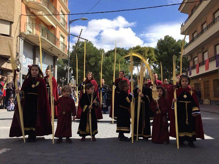 procesion-burrica-jumilla-niños