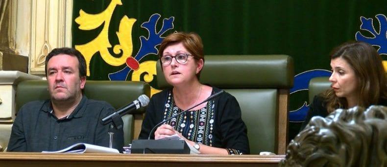 reunion-ayuntamiento-vecinos-carche-alcaldesa-tecnicos-jumilla