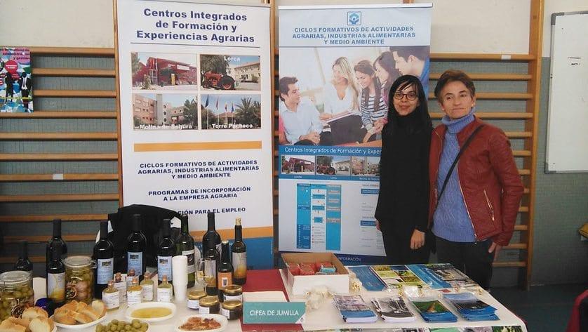 El CIFEA de Jumilla se promociona en la Feria de la Educación de Pinoso