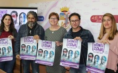 El Vico acogerá la obra teatral 'Un tonto en una caja', de Carlos Santos