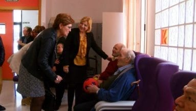 Alcaldesa y Consejera visitan Centro Marín Padilla Jumilla