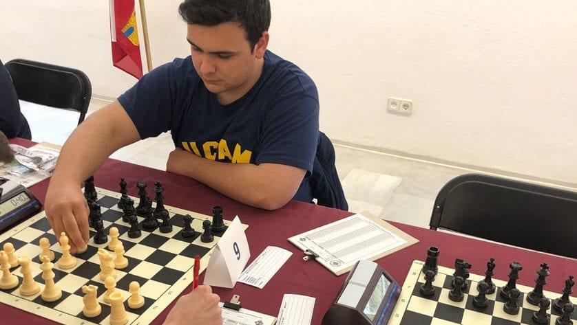 El Campeonato Regional Individual Absoluto de Ajedrez ha comenzado y Castellanos defiende el título