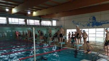 casi ochenta nadadores se dieron cita en los largos solidarios 2018 de Jumilla