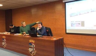 Reunión concejal Obras con vecinos calles afectadas