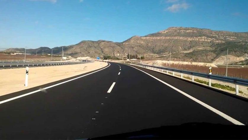 El Ayuntamiento solicita la señalización de la Ruta del Vino de Jumilla en la Autovía A-33