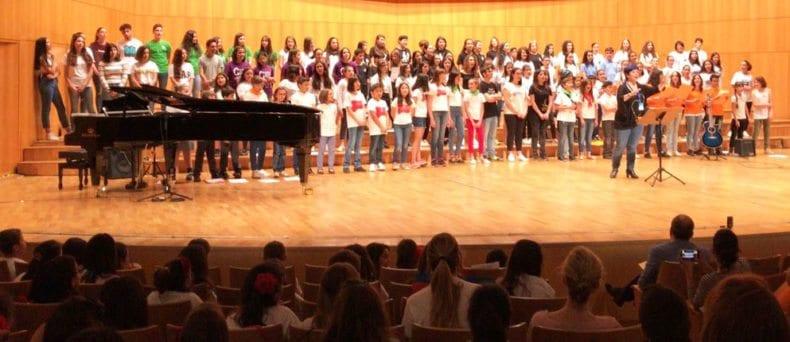 actuacion-coros-cantemus-auditorio