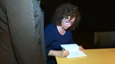 castelo-firma-libro-periodista-jumillano