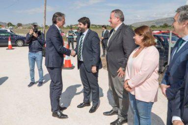 llegada-ministro-fomento-obras-autovia