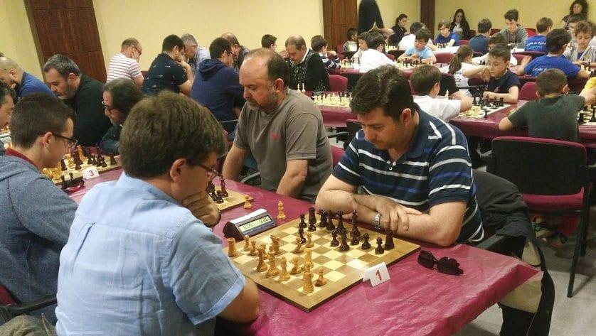 Gran actuación del Coimbra Jumilla en el III Torneo de Ajedrez Moros y Cristianos