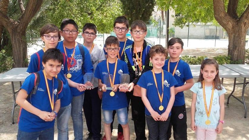 """El CEIP Miguel Hernández vence en el I Torneo Intercolegios de Ajedrez """"Fiestas del Corpus"""""""