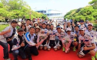 Victoria individual y por equipos para el Kinan Cycling Team de Salvador Guardiola