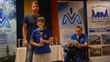 Carlos Molina obtuvo el premio al mejor jugador sub-10