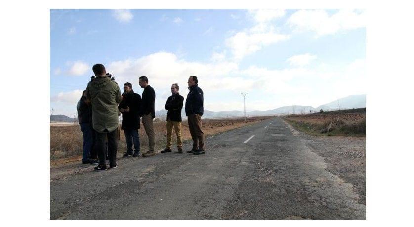 La Asamblea Regional aprueba la propuesta de Ciudadanos para el arreglo urgente de la carretera de El Carche