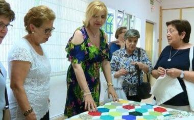 Con motivo de la Semana Cultural el Centro de Personas Mayores ofrece una muestra de trabajos realizados por los socios