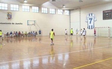 Una treintena de jugadores probaron con el Jumilla FS