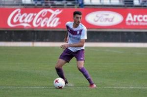 Álvaro González durante la temporada 2017-2018