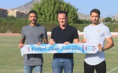 Alejandro Martínez y Salvador Blázquez han sido presentados oficialmente como jugadores del FC Jumilla